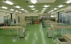 韮崎工場内観